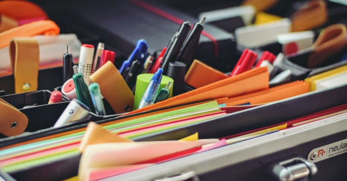 How to organise a messy office with a spring clean